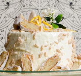 O Στέλιος Παρλιάρος δημιουργεί φανταστική τούρτα με άρωμα αμυγδάλου και λεμονιού - Κυρίως Φωτογραφία - Gallery - Video