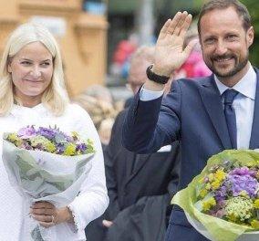 Ο διάδοχος του θρόνου της Νορβηγίας & η πριγκίπισσα Mette- Marit σε casual style: Κάνουν διακοπές στα βουνά & ορειβασία - Σκουφάκι & αθλητικά (φωτό) - Κυρίως Φωτογραφία - Gallery - Video