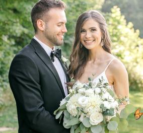 Μια ''απρόσκλητη'' πεταλούδα απογείωσε την φωτογράφιση γάμου – Η καλλονή νύφη & ο ερωτευμένος γαμπρός το χάρηκαν με την καρδιά τους - Κυρίως Φωτογραφία - Gallery - Video