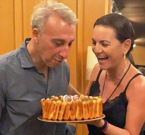 Η ερωτευμένη Όλγα Κεφαλογιάννη έκανε έκπληξη για τα γενέθλιά του στον σύντροφό της Μίνωα Μάτσα - Η όμορφη τούρτα την ώρα της πρόβας (φωτό) - Κυρίως Φωτογραφία - Gallery - Video