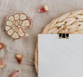 Η Ντίνα Νικολάου μας μαθαίνει: 10 ασυνήθιστα πράγματα που μπορούμε να κάνουμε με το σκόρδο - Κυρίως Φωτογραφία - Gallery - Video