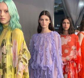 """""""Ολάνθιστη"""" η νέα collection του οίκου Valentino στην Εβδομάδα Μόδας του Μιλάνου: Με αποστάσεις λόγω covid, ρομαντισμό & αναδρομή στο παρελθόν (φωτό- βίντεο) - Κυρίως Φωτογραφία - Gallery - Video"""