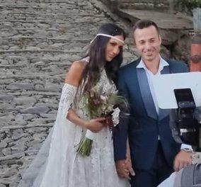 Ρομαντικός γάμος στο Πήλιο για την δημοσιογράφο Ανθή Βούλγαρη - Με άλογα έφτασε στην εκκλησία το ζευγάρι, με καουμπόικες μπότες η νύφη (φωτό)  - Κυρίως Φωτογραφία - Gallery - Video