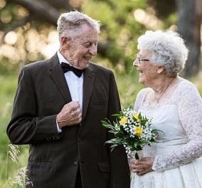 Αυτό το τολμηρό ζευγάρι έκλεισε 60 χρόνια γάμου! Ντύθηκαν ξανά γαμπρός & νύφη & το απόλαυσαν (φωτό)  - Κυρίως Φωτογραφία - Gallery - Video