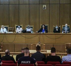 Δίκη Χρυσής Αυγής: Κανένα ελαφρυντικό για τα ηγετικά στελέχη της εγκληματικής οργάνωσης - Ακολουθούν βαριές ποινές (βίντεο) - Κυρίως Φωτογραφία - Gallery - Video