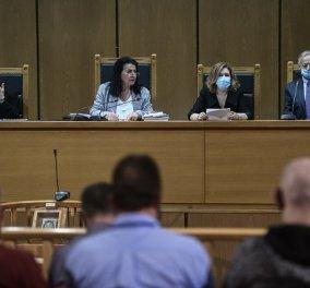 Δίκη Χρυσής Αυγής: Ισόβια & 10 έτη στον Ρουπακιά- 13 χρόνια σε Μιχαλολιάκο, Παππά, Λαγό, Κασιδιάρη, Παναγιώταρο, Γερμενή - Κυρίως Φωτογραφία - Gallery - Video