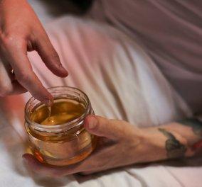 9 εύκολες συνταγές για σπιτική μάσκα προσώπου με μέλι - Απαλό και σφριγηλό δέρμα στο λεπτό  - Κυρίως Φωτογραφία - Gallery - Video