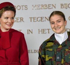 Η πριγκίπισσα Ελισάβετ & διάδοχος του θρόνου του Βελγίου στρατιωτίνα: Φόρεσε τη στολή της & ξεκίνησε το ακαδημαϊκό έτος στη σχολή του στρατού (Φωτό)  - Κυρίως Φωτογραφία - Gallery - Video