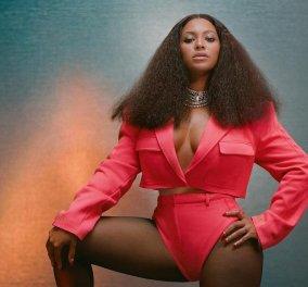 H Beyonce ημίγυμνη & προκλητική φιγουράρει στα εξώφυλλα της Vogue για τα Χριστούγεννα 2020 (Φωτό)  - Κυρίως Φωτογραφία - Gallery - Video