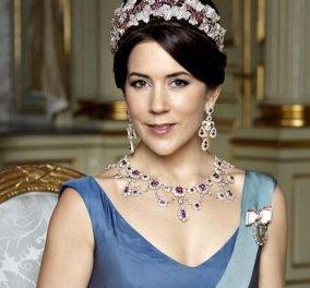 """Πριγκίπισσα Mary της Δανίας: Η κακόγουστη εμφάνιση μιας μέλλουσας βασίλισσας - Μουντό χρώμα, """"καλοκαιρινή"""" διαφάνεια & άσχετα παπούτσια (φωτό) - Κυρίως Φωτογραφία - Gallery - Video"""
