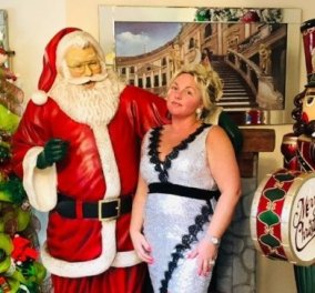 Αυτή η γυναίκα είναι αποφασισμένη να μην αφήσει τον κορωνοϊό να της χαλάσει τα Χριστούγεννα - Στόλισε 14 δέντρα & ξόδεψε μια περιουσία σε στολίδια (φωτό) - Κυρίως Φωτογραφία - Gallery - Video