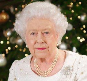 «Ανοιχτοχέρα» η Βασίλισσα Ελισάβετ τα Χριστούγεννα! - Πόσο νομίζετε ότι κοστίζει το κάθε δώρο που ξοδεύει για τους φίλους & τους συγγενείς της (Φωτό)  - Κυρίως Φωτογραφία - Gallery - Video