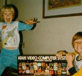 Vintage pics: Μοναδικές αντιδράσεις από τα παιδιά στα 80ς & 90ς που ανοίγουν τα δώρα τους - Είναι θρυλικά παιχνίδια  - Κυρίως Φωτογραφία - Gallery - Video