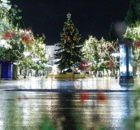 Η πλατεία Συντάγματος βάζει τα καλά της! - Χιλιάδες λαμπάκια κάνουν τη νύχτα μέρα στην καρδιά της πρωτεύουσας (Φωτό)  - Κυρίως Φωτογραφία - Gallery - Video