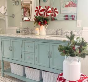Σπύρος Σούλης: Φανταστικές ιδέες για να στολίσετε το μπάνιο σας για τα φετινά Χριστούγεννα - Κυρίως Φωτογραφία - Gallery - Video