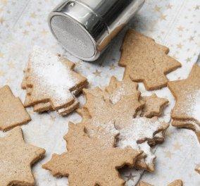 Ο μετρ της ζαχαροπλαστικής Στέλιος Παρλιάρος μας φτιάχνει Χριστουγεννιάτικα μπισκότα με μπαχαρικά - Κυρίως Φωτογραφία - Gallery - Video