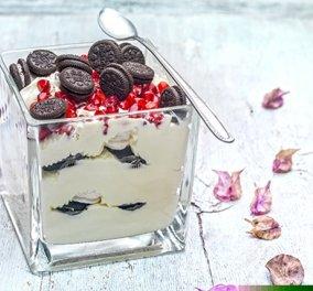 Η Αργυρώ Μπαρμπαρίγου μας ετοιμάζει Χριστουγεννιάτικο trifle με μαρέγκες & μπισκότα - Κυρίως Φωτογραφία - Gallery - Video