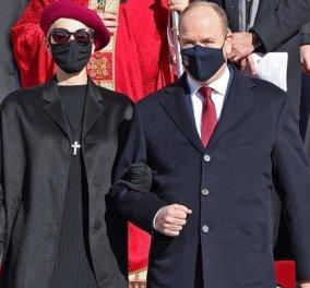 Με total black look από Prada η πριγκίπισσα Σαρλίν του Μονακό - Μόνη εξαίρεση ο φούξια μπερές, για να κρύβει το ξυρισμένο κεφάλι (φωτό) - Κυρίως Φωτογραφία - Gallery - Video