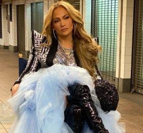 Πρωτοχρονιά 2021: Η Michelle Pfeiffer με πυτζάμες εύχεται στον Rocky- Sylvester Stallone - Η Jennifer Lopez ξεσηκώνει τη Νέα Υόρκη (φωτό- βίντεο) - Κυρίως Φωτογραφία - Gallery - Video