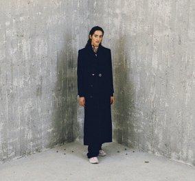 Πρωταγωνιστής το μαύρο - γήινα χρώματα -καλοραμμένα ρούχα : Η αποθέωση της minimal αισθητικής στο ντεφιλέ της Hope στην εβδομάδα Μόδας της Σουηδίας (φώτο) - Κυρίως Φωτογραφία - Gallery - Video