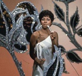 Υπέροχη η Diahann Carroll το 1960: Η ηθοποιός από τη Δυναστεία, ήταν η 1η Αφροαμερικανή που κέρδισε βραβείο Tony (φωτό) - Κυρίως Φωτογραφία - Gallery - Video