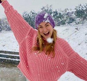 Ροζούλες και γλυκούλες! Η Ράνια Θρασκιά & η Δέσποινα Καμπούρη μέσα στον χιονιά - Σαν όνειρο, παίζουν και το απολαμβάνουν (φωτό & βίντεο) - Κυρίως Φωτογραφία - Gallery - Video