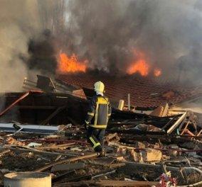 Σκόνη και θρύψαλα έγινε 4ώροφο ξενοδοχείο στην Καστοριά  - Η κατάρρευση του κτίσματος (φωτό - βίντεο) - Κυρίως Φωτογραφία - Gallery - Video