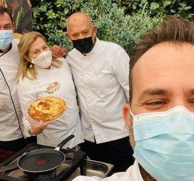 Ντίνα Νικολάου, Παρλιάρος, Χιλιαδάκη: Η crème de la créme των Ελλήνων σεφ, έφτιαξαν κρέπες στους κήπους της γαλλικής πρεσβείας (φωτό & βίντεο) - Κυρίως Φωτογραφία - Gallery - Video