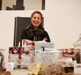 """Made in Greece"" οι limited edition σοκολάτες ""Eros"" - Τις έφτιαξε η Μίνα Αποστολίδη - Η Ελληνίδα που κατέκτησε το Βέλγιο & τον κόσμο (φώτο) - Κυρίως Φωτογραφία - Gallery - Video"
