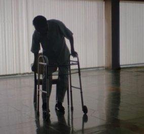 """Ο Πελέ ο θρύλος του ποδοσφαίρου συγκινεί με την κατάσταση της υγείας του - Περπατά με """"Π"""" και βάζει τα κλάματα (φωτό & βίντεο) - Κυρίως Φωτογραφία - Gallery - Video"""