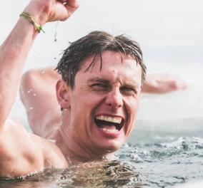 O ήρωας της ημέρας είναι Τσέχος! Έκανε παγκόσμιο ρεκόρ κολυμπώντας 81 μ. κάτω από τον πάγο (φωτό - βίντεο) - Κυρίως Φωτογραφία - Gallery - Video