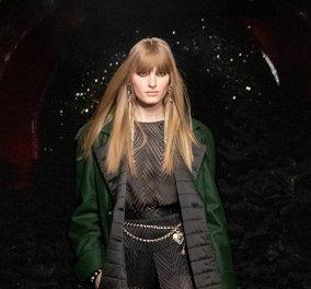 """Παριζιάνικο """"Cool chic"""" & ατμόσφαιρα night club στη νέα συλλογή της Chanel - Mε πηγή έμπνευσης τον μέγα Λάγκερφελντ η Virginie Viard μεγαλουργεί (φώτο)  - Κυρίως Φωτογραφία - Gallery - Video"""