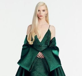 To σμαραγδί φουστάνι της Anya Taylor-Joy: Καρέ καρέ δύο φορέματα που έραψαν ειδικά για αυτήν ράφτες και μοδίστρες του Dior  - Κυρίως Φωτογραφία - Gallery - Video