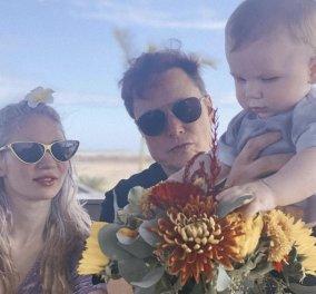 Ο Έλον Μασκ με την γυναίκα του Grimes και τον γιο τους X Æ A-Xii στο Τέξας - Εκεί που θέλει να χτίσει μια ολόκληρη πόλη (φωτό) - Κυρίως Φωτογραφία - Gallery - Video