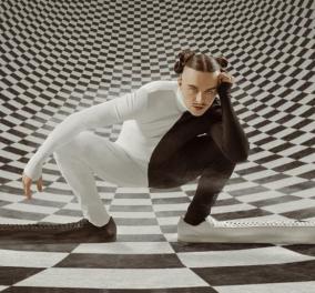 Ποιο είναι το μακρύτερο παπούτσι στον κόσμο;  - Σχεδιάστηκε για τον ράπερ Tommy Cash & είναι 1 μέτρο (φωτό - βίντεο)  - Κυρίως Φωτογραφία - Gallery - Video