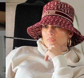 """Αν αυτή η γυναίκα είναι 51 ετών τότε τι να πω; - Το """"κορίτσι λάστιχο"""" η J.Lo έχει επιδερμίδα τριαντάφυλλο - Σε αυτό το βίντεο δεν το πιστεύεις  - Κυρίως Φωτογραφία - Gallery - Video"""