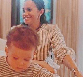 Ο Archie μεγάλωσε: Μια σπάνια φωτογραφία της Meghan Markle τρυφερής μαμάς με τον γιο της - Κυρίως Φωτογραφία - Gallery - Video
