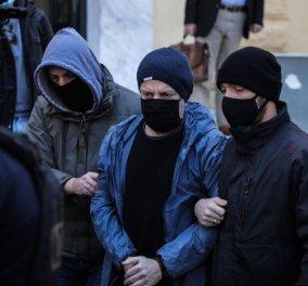 Νέα μήνυση για βιασμό σε βάρος του Δημήτρη Λιγνάδη - Ο μηνυτής ισχυρίζεται ότι έπεσε θύμα βιασμού από τον σκηνοθέτη  - Κυρίως Φωτογραφία - Gallery - Video