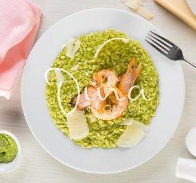 Πράσινο ριζότο με γαρίδες - Χρώμα & γεύση που θα λατρέψετε στην συνταγή της Ντίνας Νικολάου  - Κυρίως Φωτογραφία - Gallery - Video