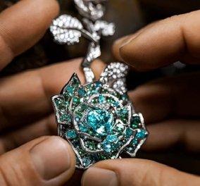Πανάκριβα πετράδια, ζαφείρια & διαμάντια: Μια συλλογή κοσμημάτων - φόρος τιμής στο αγαπημένο λουλούδι του Christian Dior, το τριαντάφυλλο (φωτό & βίντεο) - Κυρίως Φωτογραφία - Gallery - Video