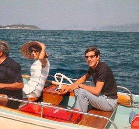 Σπάνια Vintage Pic: Ο Αριστοτέλης & ο Αλέξανδρος Ωνάσης κάνουν Πάσχα στο Σκορπιό - Ο μεγιστάνας & ο γιος του μπροστά στον Οβελία  - Κυρίως Φωτογραφία - Gallery - Video