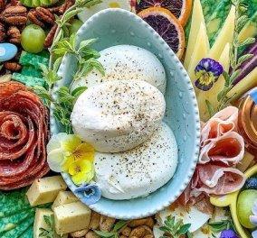 Ανακαλύψαμε την σελίδα αφιερωμένη εξαιρετικά στην Mozzarella Burrata: Οι πιο hot ιδέες για το πολυαγαπημένο ιταλικό, λευκό, «βουτυρένιο» τυρί (φωτό & βίντεο) - Κυρίως Φωτογραφία - Gallery - Video