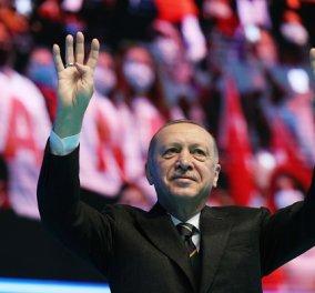 Τουρκία: Σε εξέλιξη οι διώξεις κατά των ναυάρχων - Συνέλαβαν τον «πατέρα» της «Γαλάζιας Πατρίδας» (βίντεο) - Κυρίως Φωτογραφία - Gallery - Video