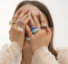 Aυτά τα δαχτυλίδια είναι η μεγαλύτερη τάση για φέτος - Πολύχρωμα, Chunky, ξεχωριστά (φωτό)  - Κυρίως Φωτογραφία - Gallery - Video