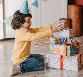 Να ζήσεις Γιωργάκη και χρόνια πολλά! Με Ζοοm τα γενέθλια στην Ελλάδα και τα δώρα με... κούριερ (φωτό) - Κυρίως Φωτογραφία - Gallery - Video