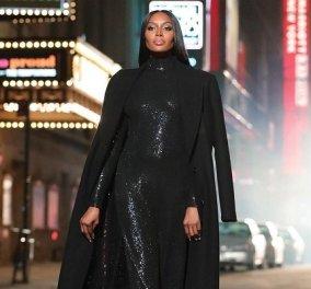 Τα εντυπωσιακά φορέματα του Michael Kors, δεν τα φοράνε όποιες κι όποιες! Το brand 40 & στο catwalk τα αγαπημένα supermodels των 90ς (φωτό & βίντεο) - Κυρίως Φωτογραφία - Gallery - Video