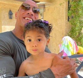 Η κόρη του Dwayne Johnson έγινε 3 ετών! Η φωτογραφία του θεόρατου «The Rock» αγκαλιά με την μικρούλα Tiana - Κυρίως Φωτογραφία - Gallery - Video