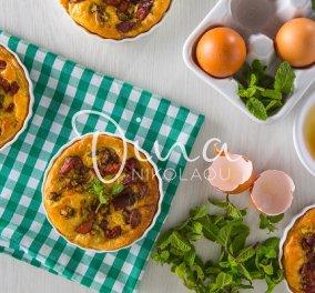 Ντίνα Νικολάου: Ταρτάκια με λουκάνικα, κολοκυθάκια και δυόσμο - Η λαχταριστή συνταγή που πρέπει να δοκιμάσετε  - Κυρίως Φωτογραφία - Gallery - Video