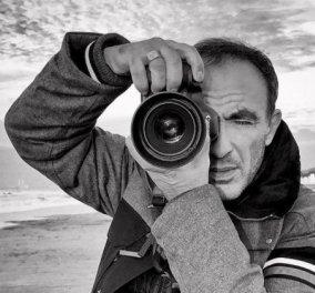 Το φοβερό κλικ του Νίκου Αλιάγα με τον ηλικιωμένο Έλληνα & το δυνατό μήνυμα: «Κάθε ρυτίδα στο δέρμα του έλεγε μια ιστορία» - Κυρίως Φωτογραφία - Gallery - Video