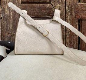Μια τσάντα που να πηγαίνει με όλα: Με λουράκι, τετράγωνη ή στρογγυλή - 10 κομψά σχέδια για να πάρεις ιδέες (φωτό) - Κυρίως Φωτογραφία - Gallery - Video